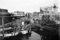 Hamilton AveTrolly Line(Temp Bridge) 1905